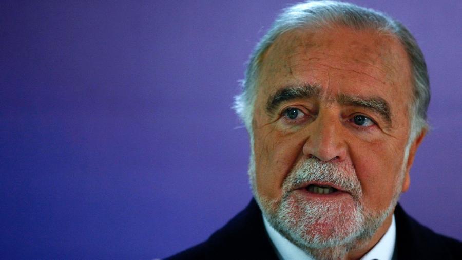 O poeta e escritor Manuel Alegre - Divulgação