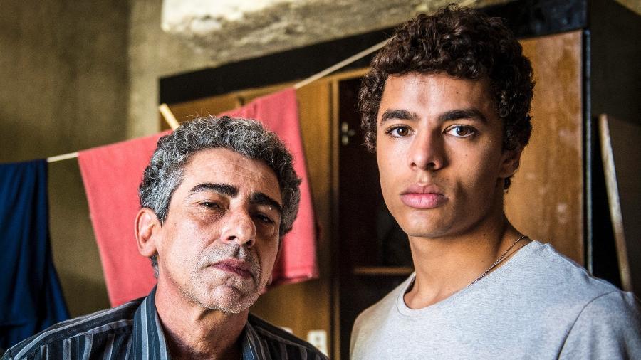 """Claudio Jaborandy voltou a gravar """"Malhação: Viva a Diferença"""" como Aldo, pai de Tato (Matheus Abreu) - João Cotta/Divulgação/TV Globo"""