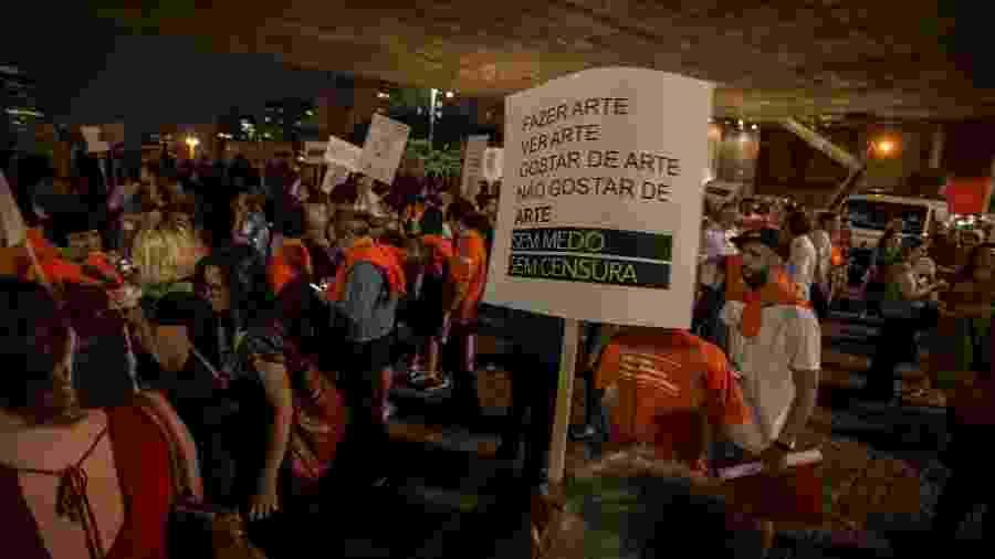Protesto em prol da arte e contra a censura no Masp durante a abertura da exposição História da sexualidade - André Lucas/UOL