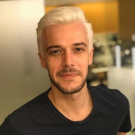 Jayme Matarazzo publicou uma foto na qual aparece com o cabelo platinado - Reprodução/Instagram