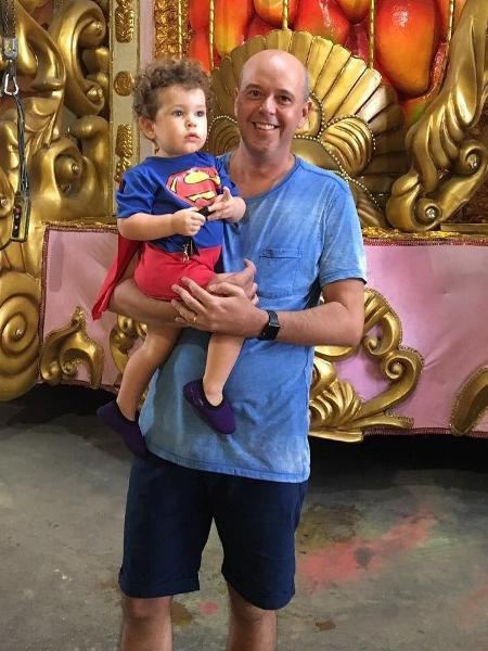 Alex Escobar com o filho, Francisco - Reprodução/Instagram/alexescobar74