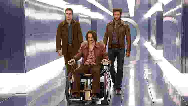 """Nicholas Hoult (Fera), James McAvoy (Professor Xavier) e Hugh Jackman (Wolverine) em """"X-Men: Dias de um Futuro Esquecido"""" - Divulgação"""