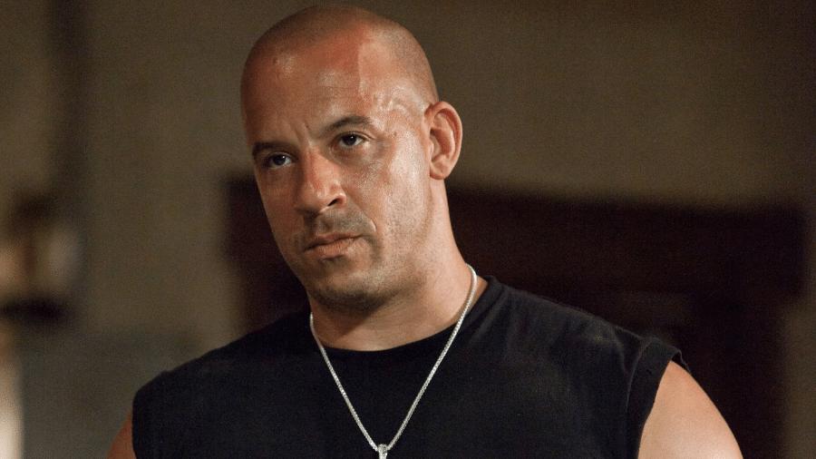 """Vin Diesel em cena de """"Velozes & Furiosos 5 - Operação Rio"""" - Reprodução"""