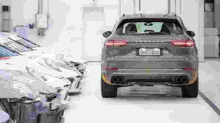 Das quatro saídas de escapamento sai um ronco típico dos Porsche, mas menos chamativo - Marcos Camargo/UOL