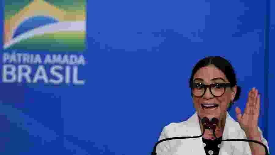 Regina Duarte discursa durante sua posse como secretária da Cultura - Claudio Reis/FramePhoto/Folhapress