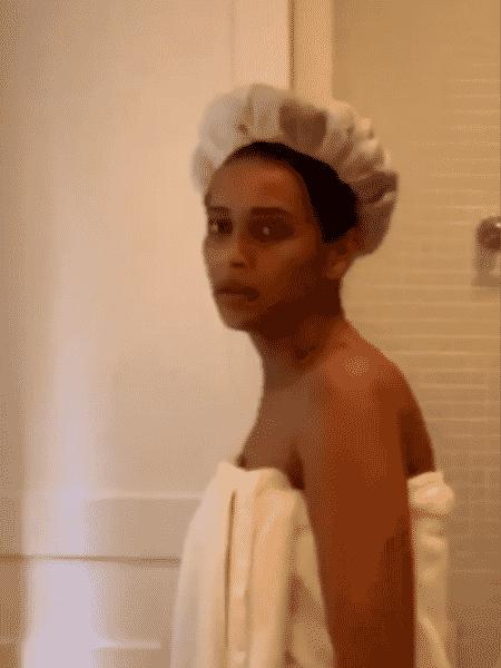 """Taís Araújo mostrou decepção ao ter """"esconderijo"""" para momento de beleza descoberto pela filha - Reprodução/Instagram/@taisdeverdade"""