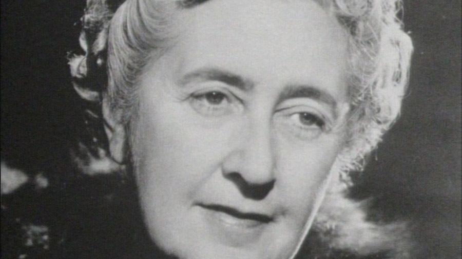 """""""O Misterioso Caso de Styles"""" foi o primeiro romance policial de Agatha Christie, publicado em 1920 - BritBox/BBC Studios (Unfinished/Via REUTERS"""