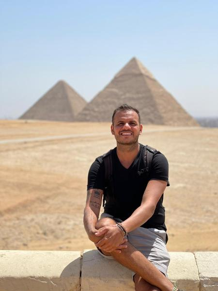 Danniel Oliveira no Egito, por onde passaria um grande susto - Arquivo pessoal