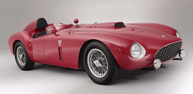 Ferrari 375 Plus 1954: 334 cv, 280 km/h de máxima e apenas cinco unidades - Bonhams