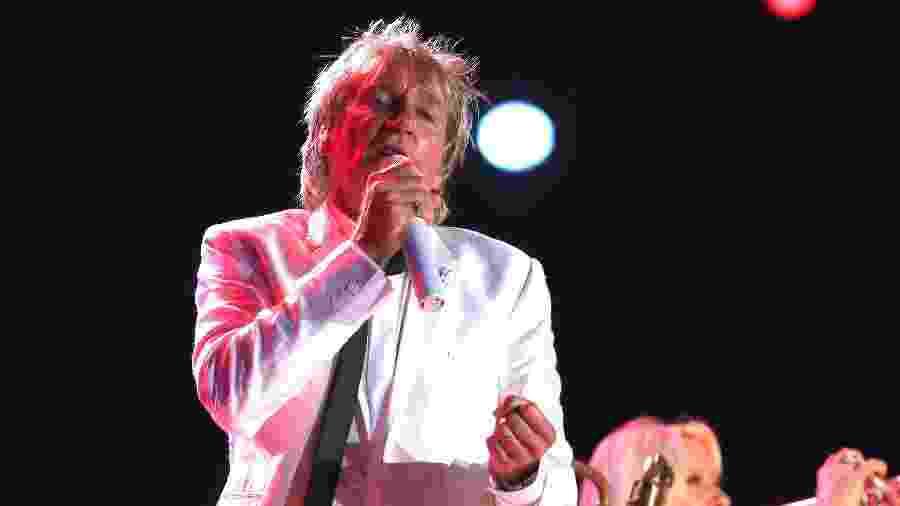 Rod Stewart se apresenta no Rock in Rio 2015, fechando as apresentações no palco Mundo do terceiro dia do festival - Marco Antonio Teixeira/UOL