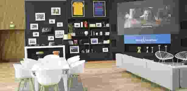 O televisor do apartamento irá mostrar todos os jogos da Eurocopa - Divulgação/HomeAway - Divulgação/HomeAway