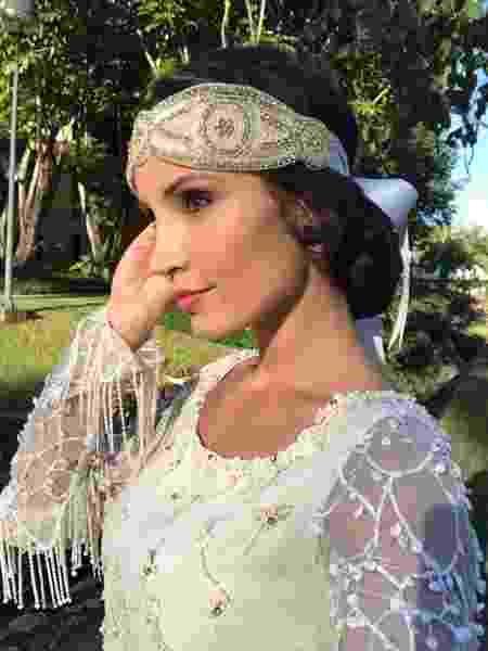 "A atriz Paola Rodrigues como a Esmeralda, de ""Tempo de Amar"" - TV Canal 1 - TV Canal 1"