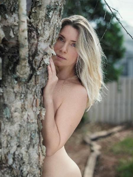 Leticia Spiller postou foto nua em seu Instagram - Reprodução/Instagram