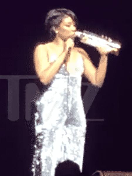Tiffany Haddish em stand-up desastroso - Reprodução/TMZ