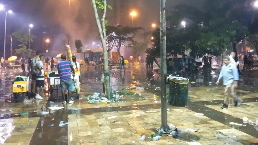 Brigas, confusões e arrastões no Largo da Batata durante o pré-Carnaval de São Paulo - Daniel Lisboa/UOL