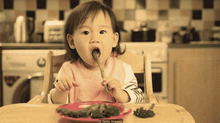 Pode ser possível mudar a alimentação das pessoas por meio da 'dieta das falsas memórias' - GETTY IMAGES