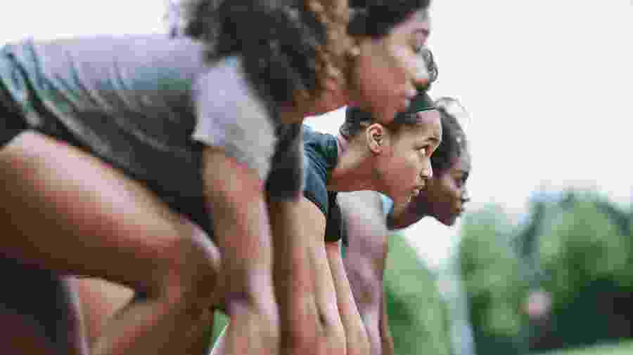 Mulheres participam de corrida - Getty Images