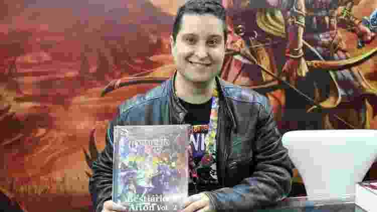Leonel Caldela, escritor e um dos autores de Tormenta - Giovanna Breve - Giovanna Breve