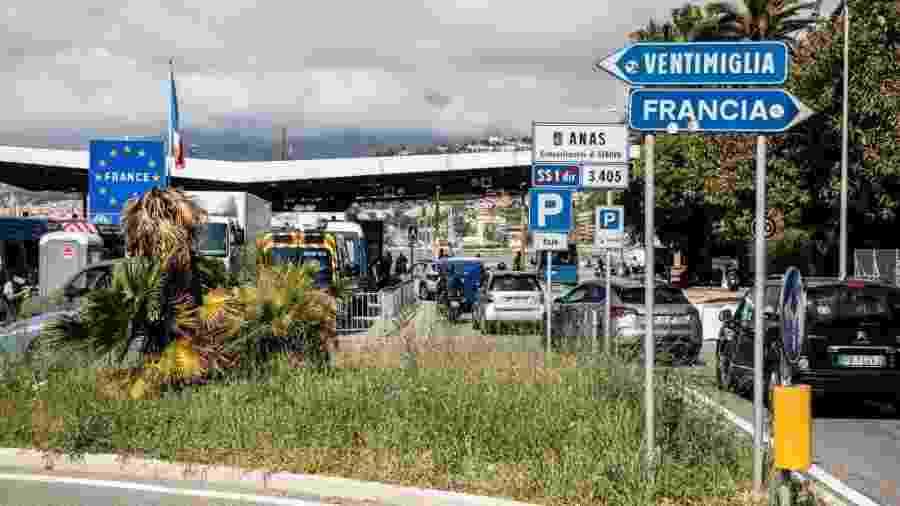 Fronteira para a saíde e a entrada entre a Itália e a França - Jean-Pierre REY/Gamma-Rapho via Getty Images