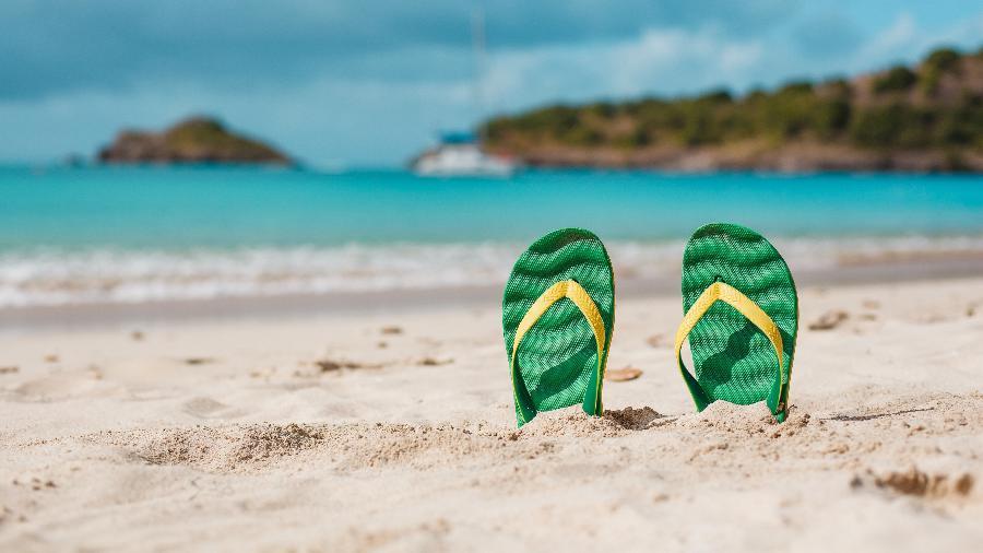 Em busca de um novo chinelo para o próximo verão? Essa lista vai ajudar você a escolher o seu próximo calçado - Getty Images