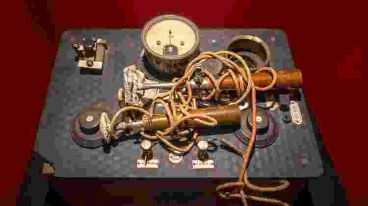 Aparelho antigo de eletroconvulsoterapia - Philippe Clement/Arterra/Universal Images Group via Getty Images - Philippe Clement/Arterra/Universal Images Group via Getty Images