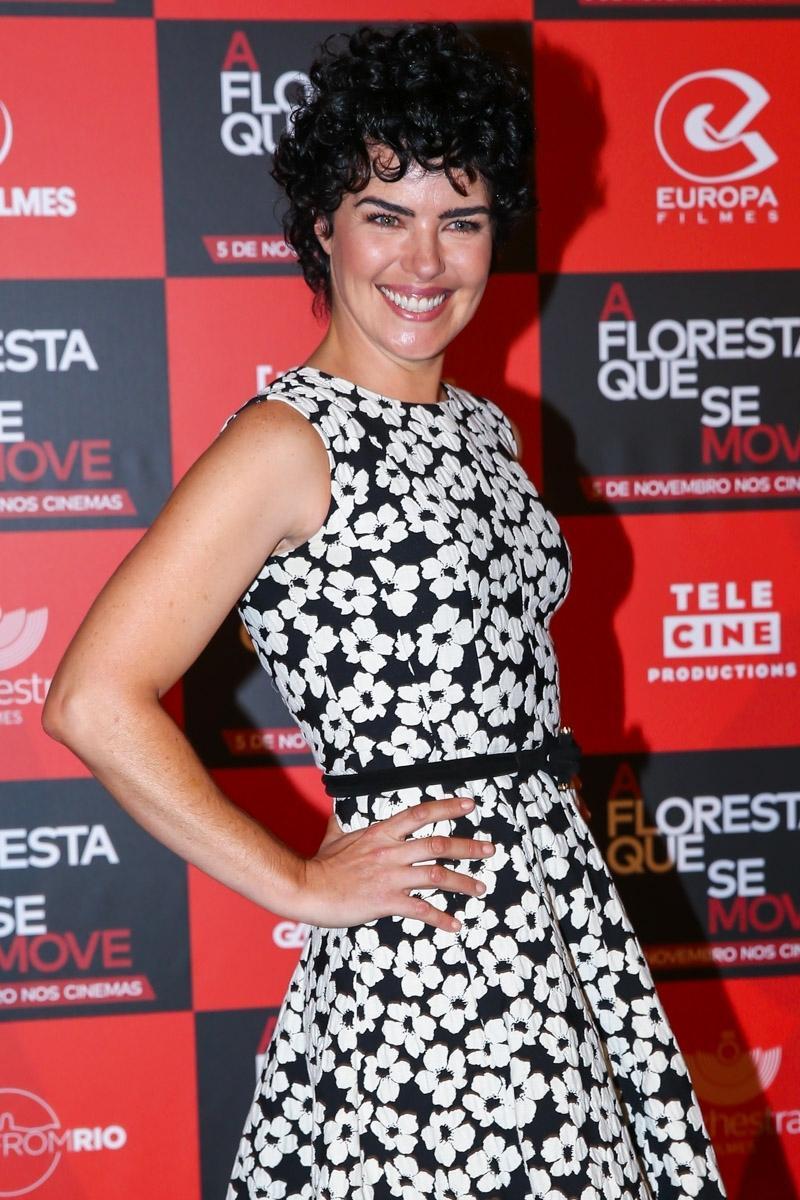27.out.2015 - Ana Paula Arósio é Clara em