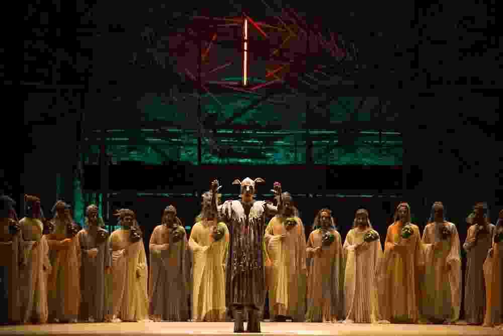"""Ópera """"Édipo Rei"""", de Stravinsky - Heloísa Bortz"""
