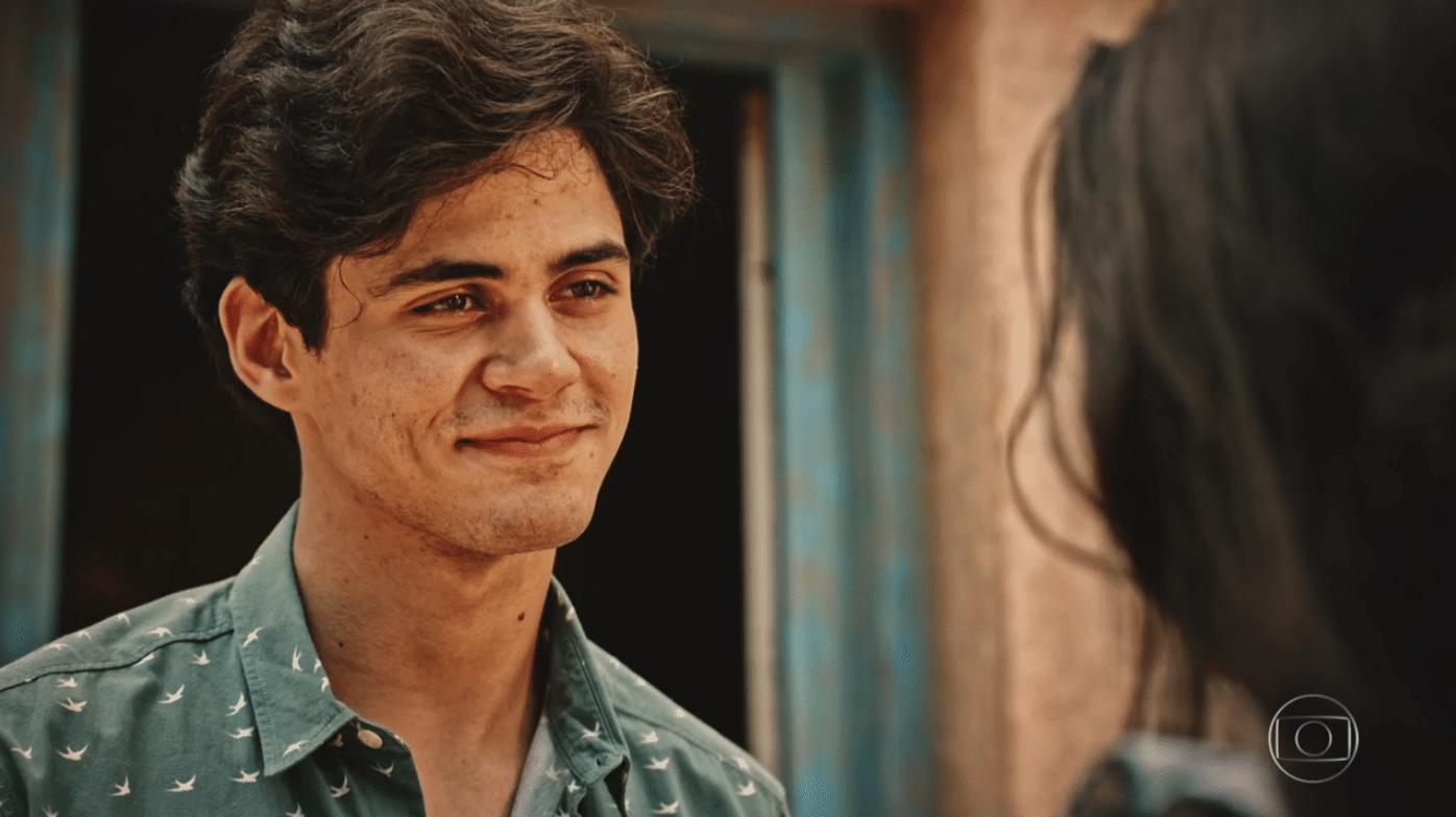 O ator e humorista Lucas Veloso estreia em