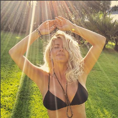 A atriz e apresentadora Karina Bacchi, que está grávida de 13 semanas - Reprodução/Instagram