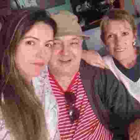 Dora, Carlos e a filha, que mora com a mãe - Arquivo pessoal - Arquivo pessoal