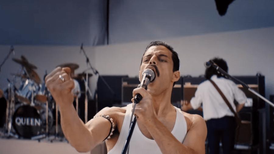 "Rami Malek como Freddie Mercury em ""Bohemian Rhapsody"" - Reprodução"