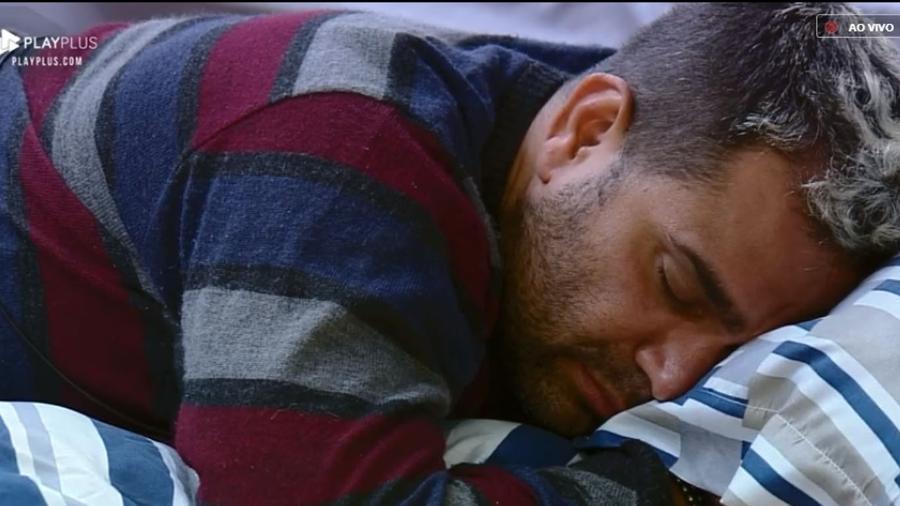 """Evandro Santo afirmou que não está em um bom dia dentro de """"A Fazenda 10"""" - Reprodução/PlayPlus"""