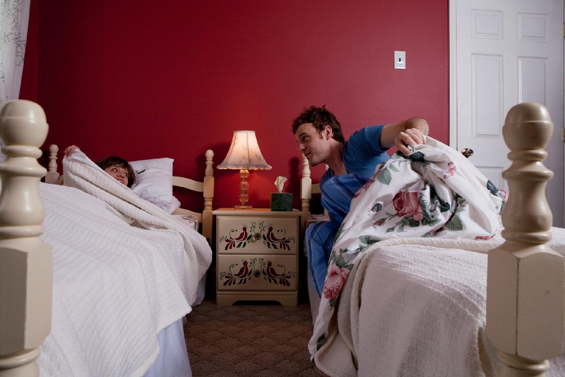 3097c51ef4 É possível ser feliz a dois dormindo em camas separadas  veja relatos -  07 03 2019 - UOL Universa