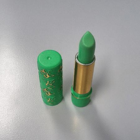 Batom verde clássico dos anos 90 - Reprodução/Instagram
