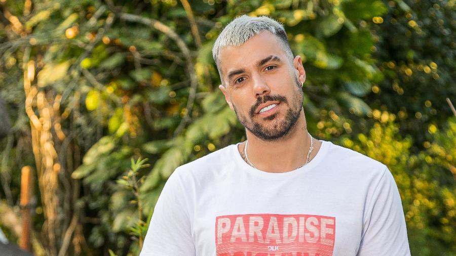 Lipe Ribeiro em ensaio para DLK Modas - DLK Modas/ Daniel Falcão