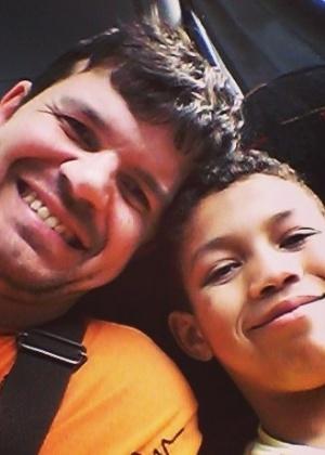 Peterson dos Santos e seu filho Lucas - Arquivo pessoal