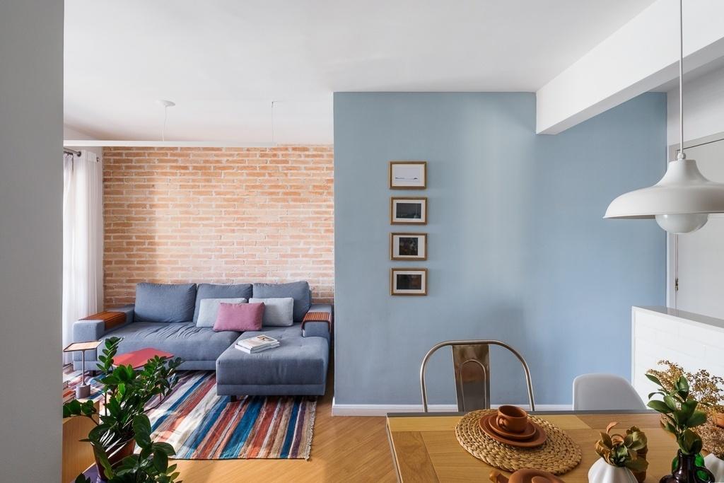 Salas de estar  sugestões para quem tem muito ou pouco espaço - BOL Fotos -  BOL Fotos 253c4e6cd62a2