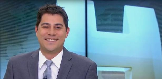 """Evaristo Costa apresenta """"Jornal Hoje"""" com cabelo bagunçado e avisa no Twitter: """"Não é andrógeno, mas é mais moderno"""" - Reprodução/Twitter"""