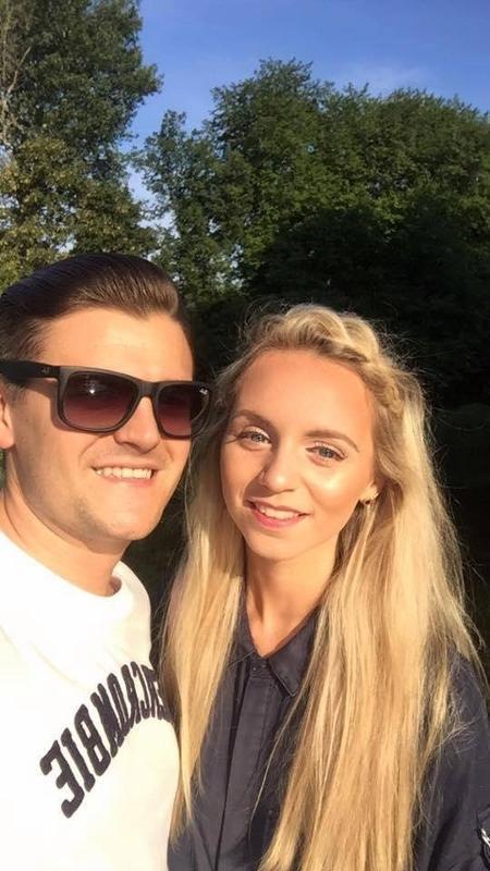 Jessica Sharman, de 20, perdeu a memória e coube ao seu namorado Rich Bishop, 25, reconquistá-la mais uma vez - Reprodução/Facebook