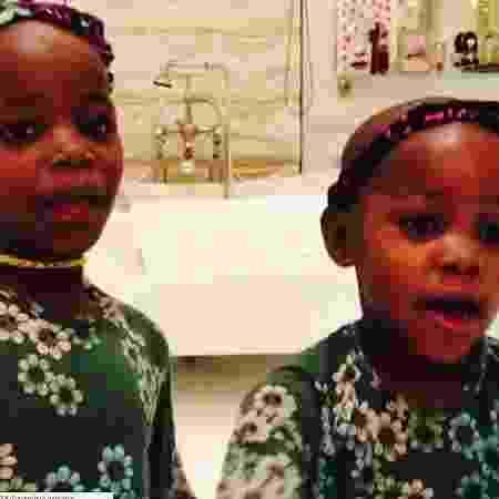 Madonna posta vídeo das filhas gêmeas cantando funk no carro