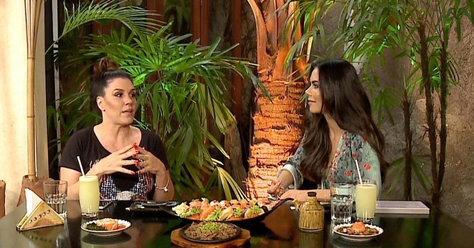 """Simony é entrevistada por Daniela Albuquerque no programa """"Sensacional"""", da RedeTV!"""
