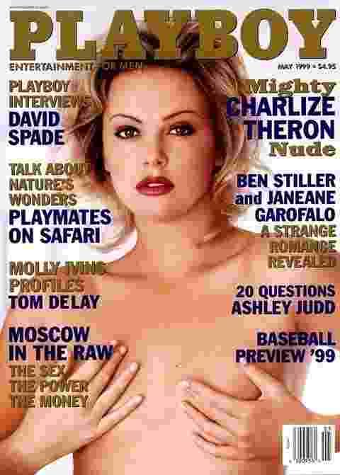 A atriz Charlize Theron foi capa da Playboy em 1999 - Divulgação