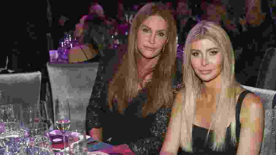 Caitlyn Jenner e Sophia Hutchins - Getty Images