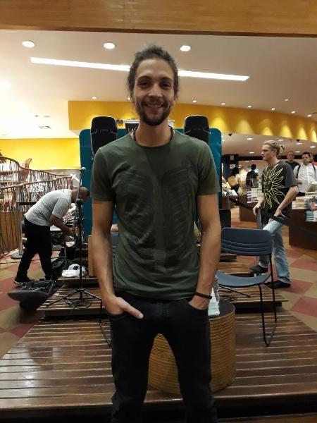 Pablo, namorado de Letícia Spiller, em lançamento em São Paulo - Paulo Pacheco/UOL