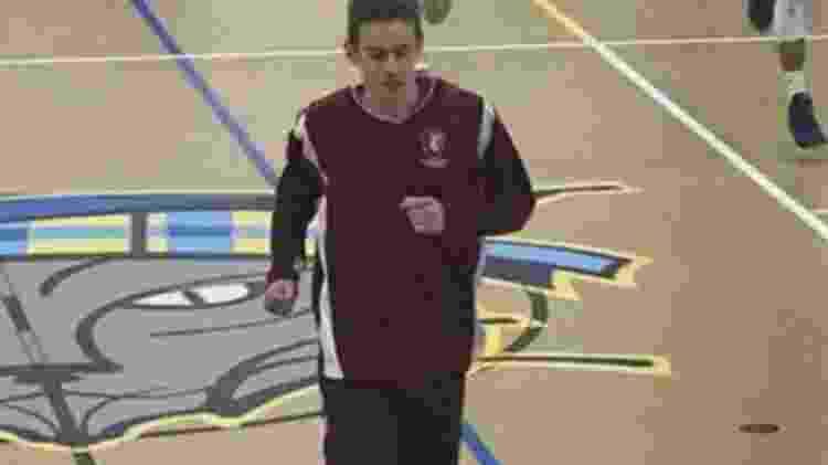 Kunkel foi proibido também de jogar basquete na escola - CBS