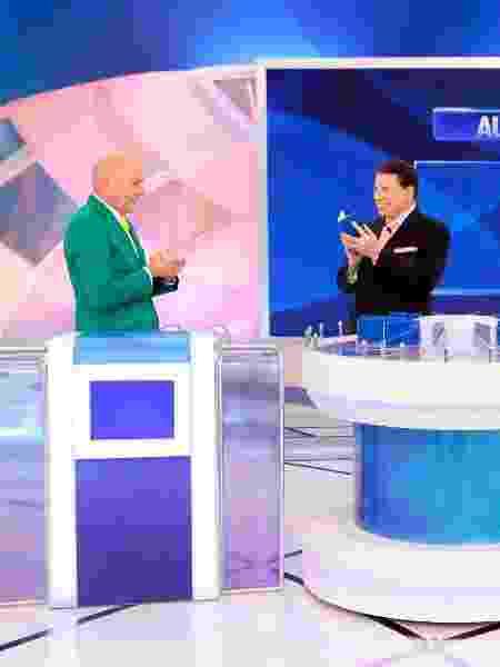 Silvio Santos comanda o Jogo das 3 Pistas com Luciano Hang e Sylvia Design - Lourival Ribeiro/SBT - Lourival Ribeiro/SBT