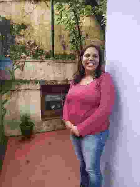 Bárbara Barbosa Mariano estuda jornalismo e trabalha como voluntária em um projeto social - Larissa Igreja