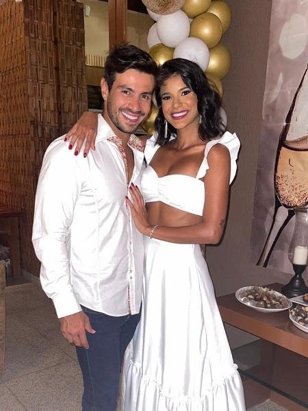 """Mariano e Jake, de """"A Fazenda"""", estão namorando oficialmente - Reprodução/Instagram"""