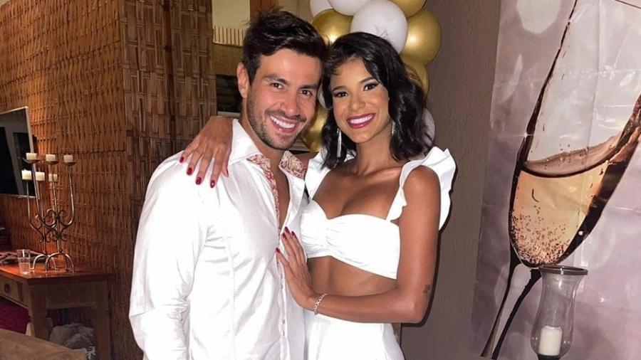 """Mariano e Jake, casal formado em """"A Fazenda"""" - Reprodução/Instagram"""