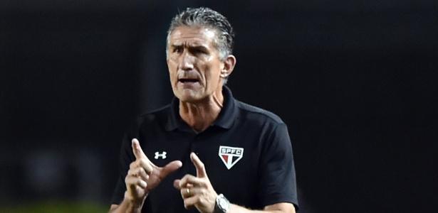Treinador argentino terá à disposição o atacante Kelvin, recém contratado